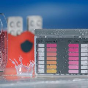 Chlorine/pH Test Kit Lovibond (Pooltester)