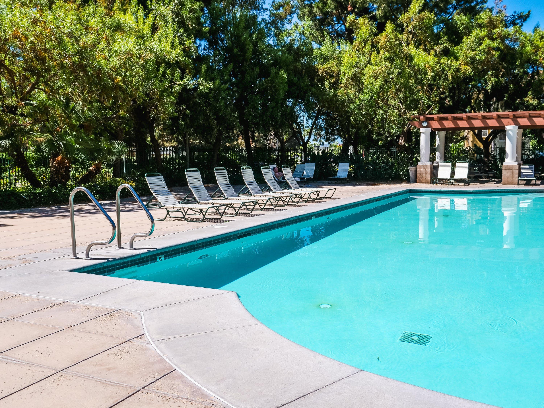 Three of the Best Swimming Pool Heat Pumps