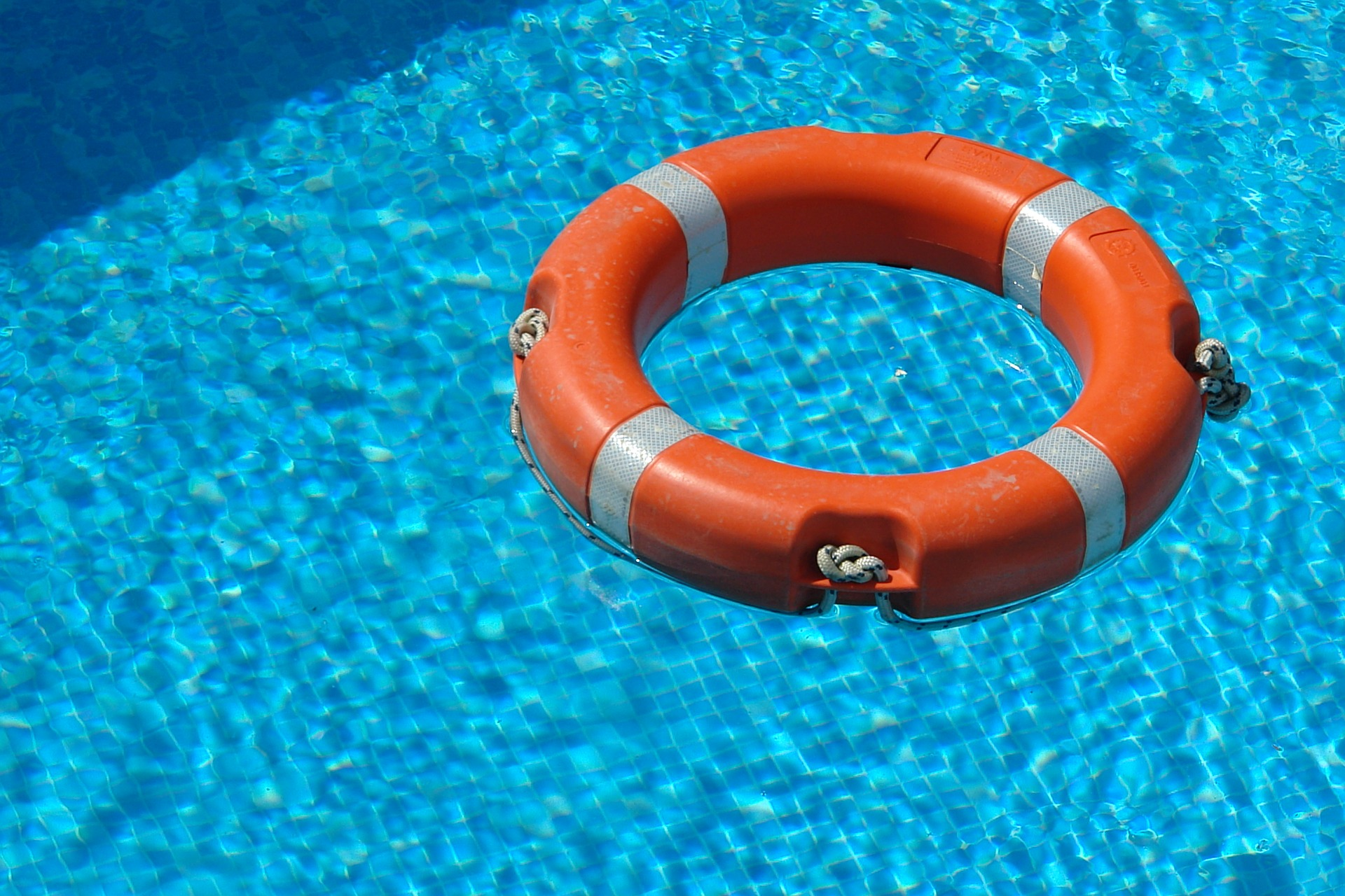 How to Make Your Swimming Pool Safe
